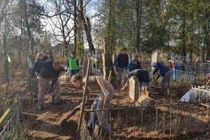 У Ківерцях старе кладовище прибрали парафіяни костелу