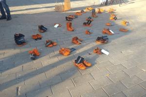 Головне - не бути байдужими і не мовчати: у центрі Луцька – акція проти насильства