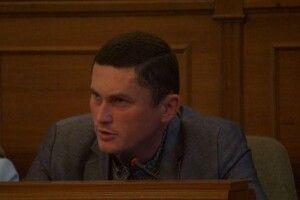 Укропівець вимагає покарати винних у побитті журналістів «Аверса»