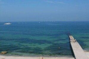 В Одесі рекомендують поки не купатись на міських пляжах