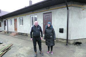 У відбудованому після пожежі рожищенському гуртожитку справили перші новосілля