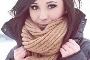 Як ізчим носити шарф: модні тенденції‑2021