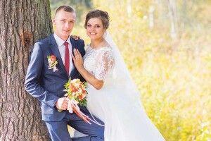 Іважко поранений уногу солдат затанцював насвоєму весіллі!