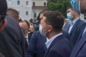 Влада Луцька проти вас і проти нас, – Зеленський підприємцям Старого ринку (Відео)