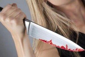 В Рокитному жінка встромила ніж у живіт рідному чоловікові