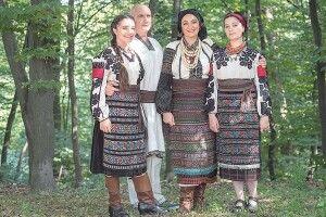 Іванна Климпуш-Цинцадзе:  «Місце моєї сили – на порозі хати бабці та дідуся.  Там струменить така любов!»