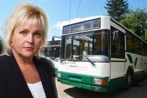 «І каже мені тролейбусголосом шефині:«Ти запізнюєшся на роботу!»