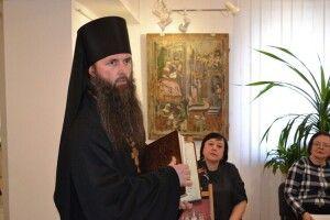 17 серпня у Луцьку свято: священник Іван від руки переписав книгу... 637 літ тому (Фото)