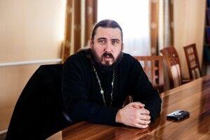Священник з Волині звернувся до Президента з проханням «відвернути горе»