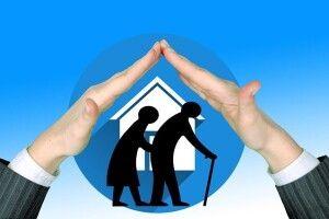 Українців зобов'яжуть утримувати літніх батьків, інакше позбавлять спадщини