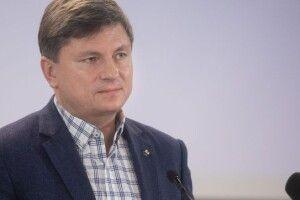 Замість витрат на кортежі, дачі та силовиків Зеленського треба фінансувати субсидії та підвищення зарплат військовим, – Герасимов
