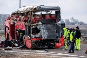 ДТП у Польщі: дев'ятеро пасажирів-українців досі перебувають у тяжкому стані