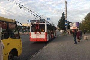 На вулиці Луцька сьогодні виїхали два нові тролейбуси (Фото)