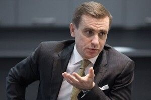 Костянтин Єлісєєв: «Зеленський відбілює Путіна»