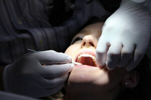 Rzeczpospolita: Україна стала країною стоматології для поляків