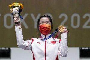 У боротьбі за перше «золото» Олімпіади-2020 китаянка перестріляла росіянку