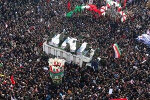 Кількість загиблих у тисняві під час церемонії прощання з генералом Сулеймані сягнула 40-ка осіб – похорон відклали