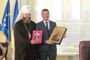 Пане ректоре, бажаємо, щоб Волинський національний університет став за силою західноєвропейським!