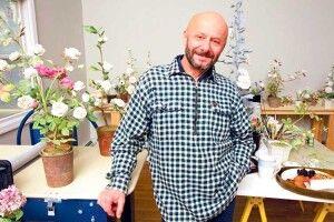 Керамічні квіти українського архітектора прикрашають оселі найбагатших людей світу