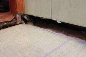 У Луцьку в багатоквартирному будинку провалилась підлога