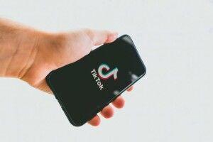Американці планують заборонити соцмережу TikTok