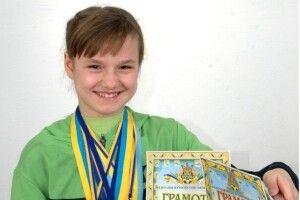 Маневичанка – єдина дівчинка з-поміж двох сотень футболістів Чемпіонату