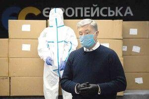 Щепонад 40тисяч захисних костюмів від Порошенка доставлять вукраїнські лікарні