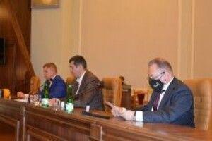 Як волинські депутати розділили постійні комісії облради