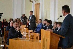 Депутати Луцької міської ради провели день серед інтелектуальної еліти Лесиного вишу (Фото, відео)