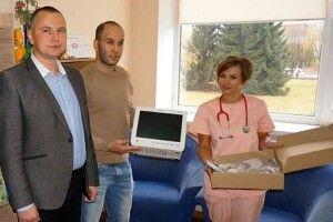 «На поштових відділеннях збирали іпо5–10гривень— івийшло необхідне медичне обладнання»
