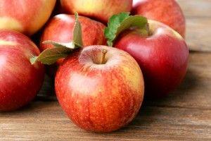 Білоруси, молдавани та австріяки найактивніше наминають українські яблука