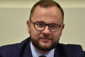 Як Ігор Поліщук зі «слугою народу» проти посилення карантину «воював»
