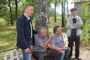 У Столинських Смолярах відкрили новий стоматкабінет, а селяни хочу ще одну групу в дитсадку