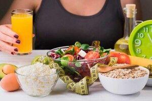 Не розтовстіти у час карантину допоможе відпочинок від їжі