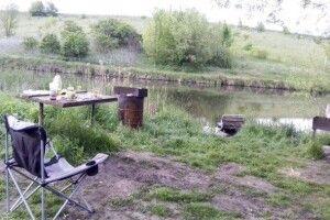 Орендар озера застрелив сімох осіб із рушниці. Деталі трагедії