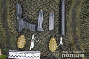 Нападник на депутата Волинської облради зброю заховав у лісі