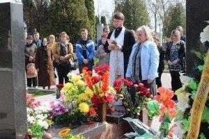 Мама загиблого під Волновахою бійця Віталія Махновця потребує допомоги