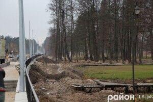 У Світязі завершують будівництво другої черги набережної
