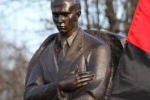 Стало відомо, куди перенесуть пам'ятник Бандері у Луцьку