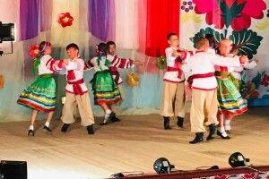 Юні волиняни запалювали на Всеукраїнському фестивалі «Селянські зірочки»