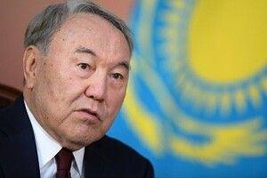 Назарбаєв пропонує організувати зустріч Зеленського і Путіна