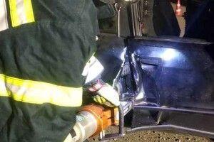 ДТП на трасі Ковель-Ягодин: водія одного авто деблоковували рятувальники