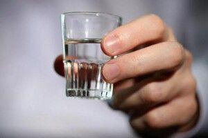 Суд оштрафував продавчиню сурогатного алкоголю