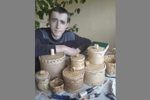 Школяр з Волині відроджує промисел часів Київської Русі