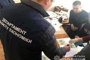 На Рівненщині злапали сільського голову-хабарюгу (фото)