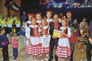 Волинянки так затанцювали «Краков'як»,що підкорили серце знаменитого Григорія Чапкіса Горохівська «Мрія» зробила фурор устолиці