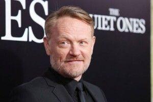 Актор серіалу «Чорнобиль» подякував Києву у промові на «Золотому глобусі»