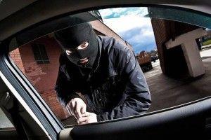 За одну ніч у Горохові було пограбовано кілька машин