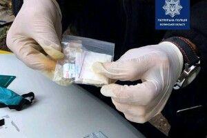 У Луцьку в пасажира авто знайшли наркотики