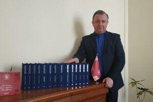 Проректор ВНУ імені Лесі Українки похвалився незвичайною фотозоною (Фото)